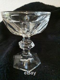 3 Jolies coupes à champagne ancienne en cristal de Baccarat, modèle Harcourt