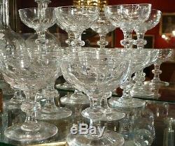 5 Anciennes Coupes A Champagne En Cristal De Baccarat