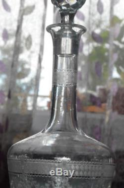 ANCIEN CARAFE CRISTAL gravé à Décor dégagé à l'acide ST. LOUIS MODELE PAPIN