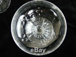 Ancien Elégantes Coupes à Champagne en cristal taillé Baccarart