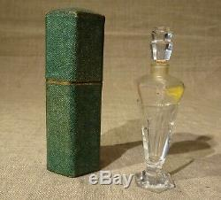 Ancien flacon de parfum Les Bourgeons de Ypry dans son étui cristal Art déco