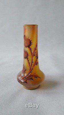 Ancien petit vase aux chardons signé Daum Nancy Cristal Croix lorraine