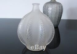 Ancien vase René Lalique modèle Malines. Signé R Lalique France