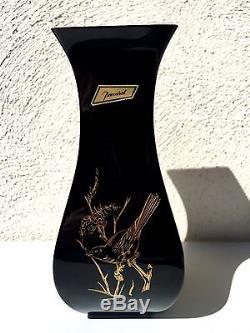 Ancien vase cristal de Baccarat noir et doré décor d'oiseaux XXème signé, 24,5cm