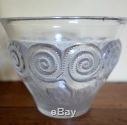 Ancien vase de Lalique modèle rennes 1933