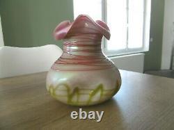 Ancien vase irisé Loetz Kralik