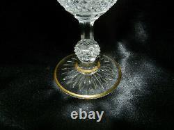 Ancien verre en cristal de Baccarat modèle diamants et biseaux
