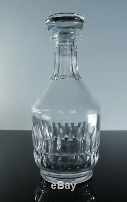 Ancienne Carafe whisky ou vin en cristal massif taille Baccarat signe
