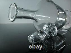 Ancienne Grand Carafe A Vin Cristal Souffle Modele Haut Brion Baccarat Signe