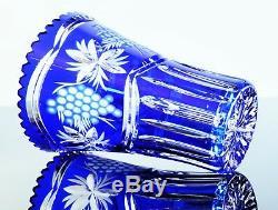 Ancienne Vase En Cristal Double Couleur Bleu Grave Et Taille Boheme
