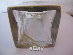 Ancienne carafe flacon en cristal émaillé cave à liqueur décor floral doré or