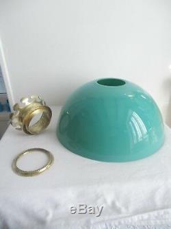 Ancienne grande opaline verte, pour lustre, couronne en bronze, diamètre 40 cm
