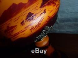 Ancienne lampe verre gravé-champignon pate de verre-signature
