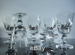 Anciennes 6 Verres A Vin Rouge Cristal Taille Modelé Jersey St Louis Signe