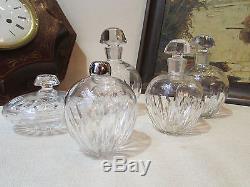 Anciens flacons parfum cristal baccarat necessaire toilette annees 1970