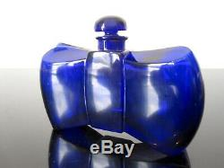 Baccarat Ancien flacon de parfum bleu