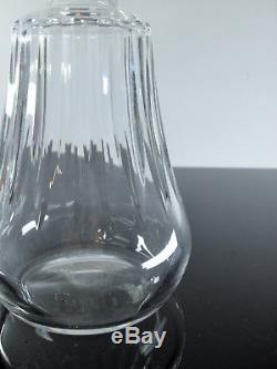 Baccarat / Ancienne Carafe En Cristal Massif Taille Signe