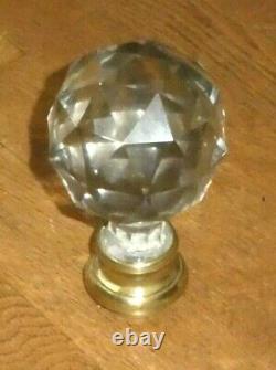 Boule ancienne descalier en cristal baccarat à facettes