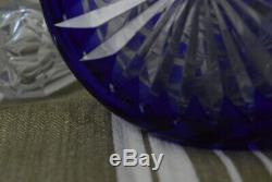 Carafe cristal de Bohème doublé taillé bleu cobalt ancienne