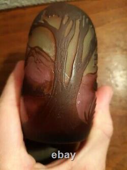 GALLE Vase miniature décor de Montagne gravé à l'acide ancien
