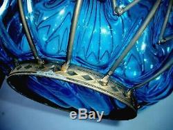 Imposant Vase Ancien Style Medieval Verre Bleu Soufflé à Splendides Finition Fer