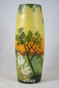 Magnifique Ancien Grand Vase Degage A L'acide Legras Decor Cygnes