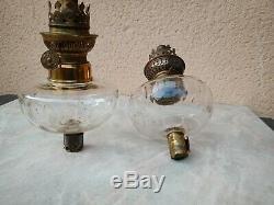 Paire ancienne de toupies de piano réservoir de lampe à pétrole cristal baccarat