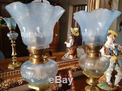 Paire ancienne toupies piano, réservoir de lampe à pétrole bleu email tulipe