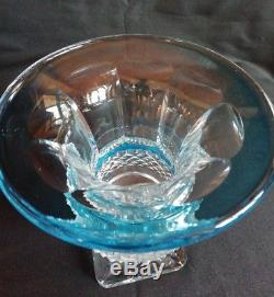 Rare Ancien vase medicis Versaille cristal de St Louis couleur bleutée