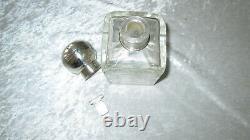 Rare ancien flacon de parfum en cristal de Baccarat / argent massif décor fleuri