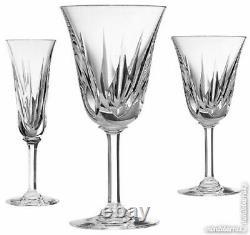 Saint Louis Anciennes 6 Verres Sur Pied Cristal Taille Modele Cerdagne Signes