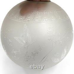 Superbe ancien GLOBE abat-jour lampe à pétrole CRISTAL BACCARAT 1904 Papillons