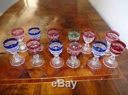 Superbes anciens verres à liqueur cristal de Saint Louis modèle Trianon 8,2 cm