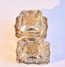 Trois flacons anciens en cristal taillé et doré XIXe siècle